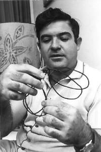 Alon_Kaplan 1973 - Egyptian handcuffs